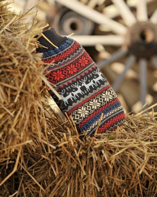 Termofor s pleteným obalem a norským motivem