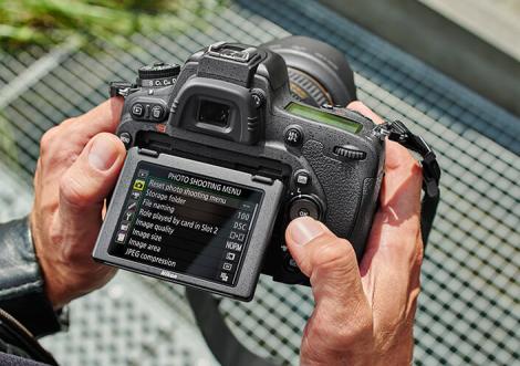 Digitální fotoaparát Nikon D750