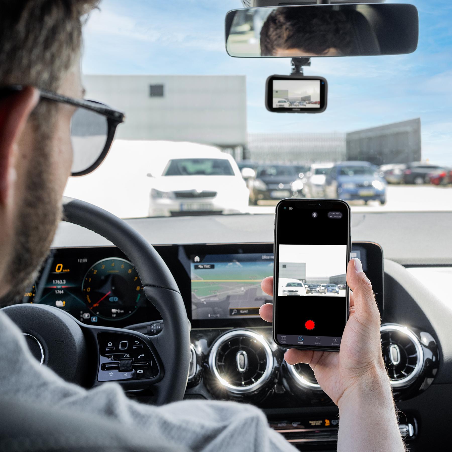 Do mobilní aplikace se vám budou zálohovat veškeré videozáznamy z autokamery Niceboy Pilot Q9.
