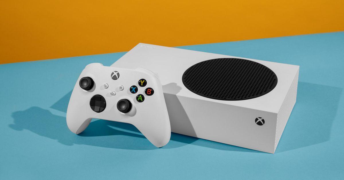 Xbox Series S zapadne do každého prostoru díky svému elegantnímu designu!