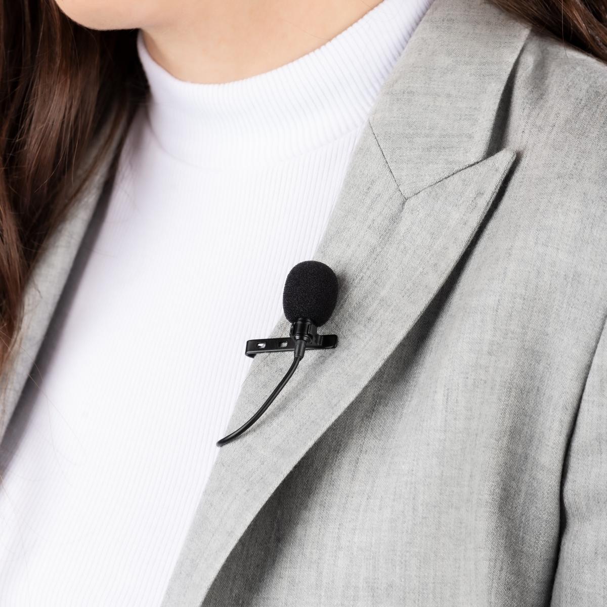 Klopový všesměrový mikrofon s 3m prodlužovacím kabelem nebude poutat přílišnou pozornost během rozhovorů či vlogů.