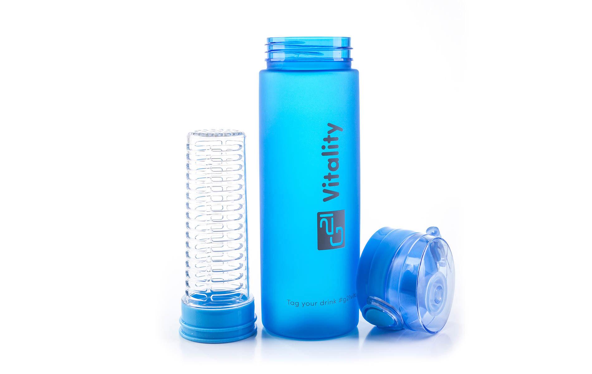 Modrá láhev G21 na smoothie/juice v mrazivém designu má multifunkční sítko