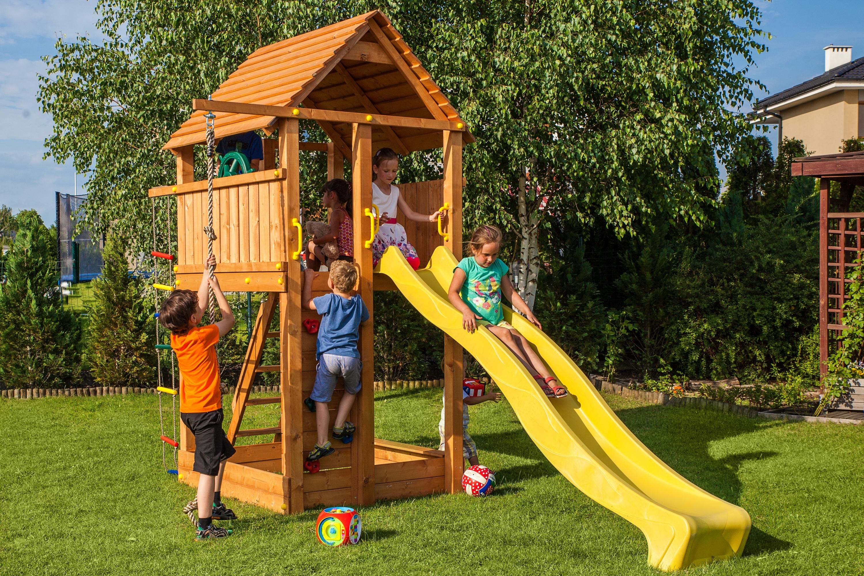 Detské ihrisko MARIMEX PLAY 004 deti sašmýkajú a hrajú na ihrisku