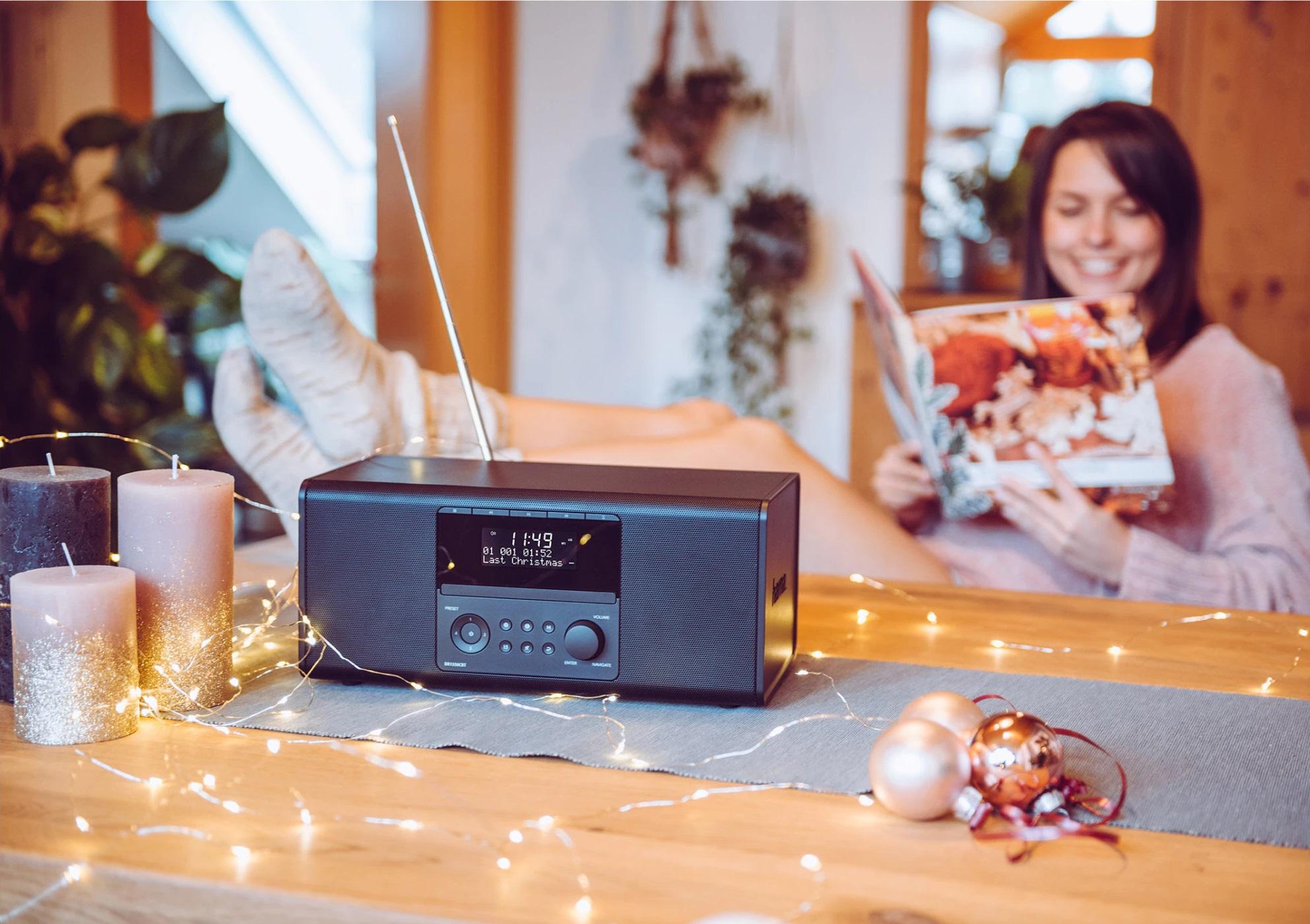 Digitálne rádio Hama s teleskopickou anténou