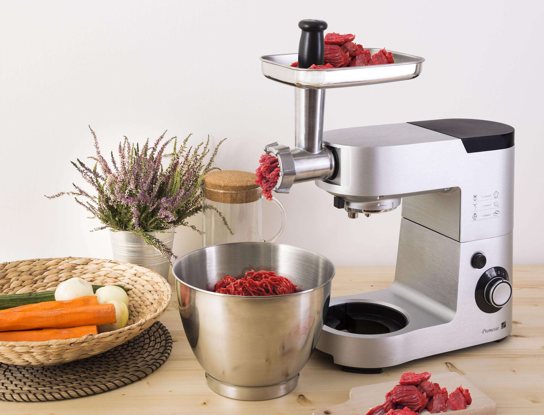 Kuchyňský robot G21 Promesso při mletí masa