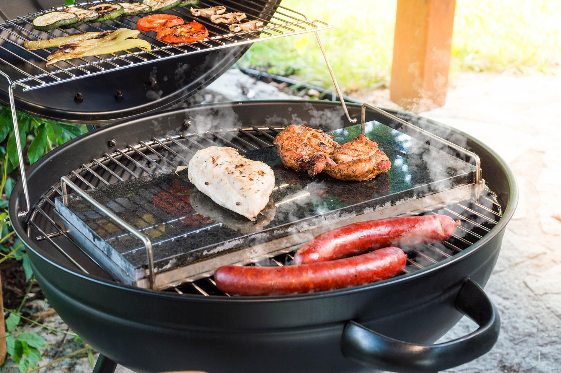 Maso a zelenina na grilu G21 BBQ Ring