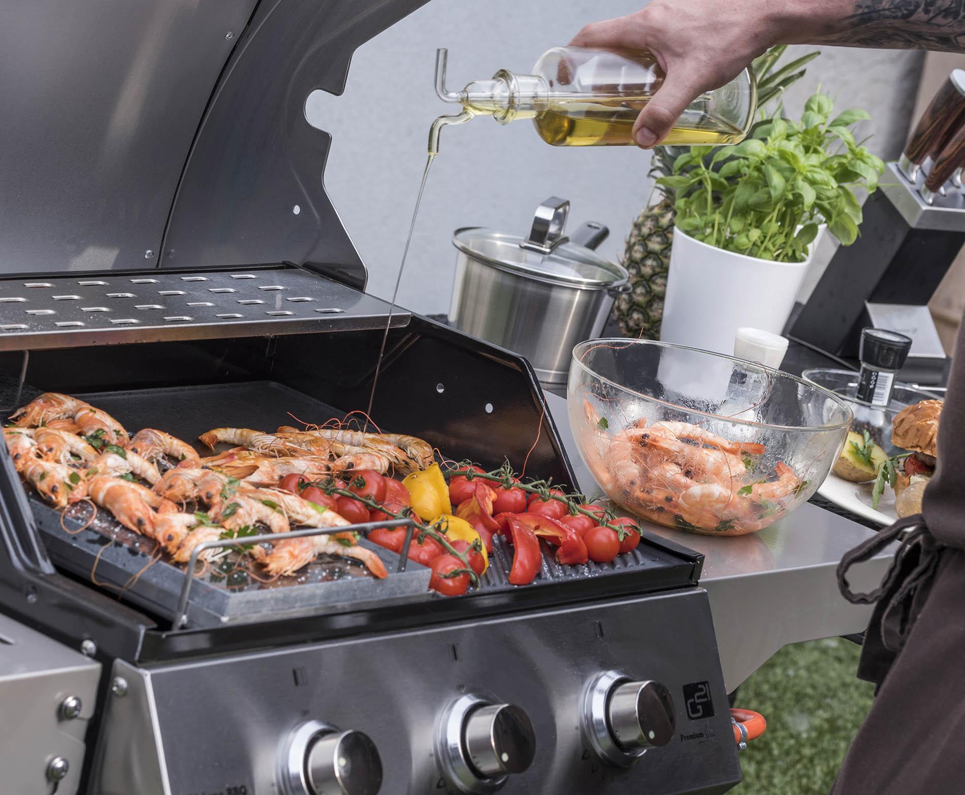 Krevety a zelenina na grilu G21 Oklahoma BBQ Premium Line