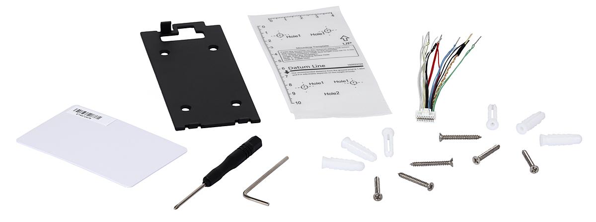 Balení DS-KV6113-WPE1 obsahuje vše, co potřebujete pro montáž a zapojení domovního interkomu!